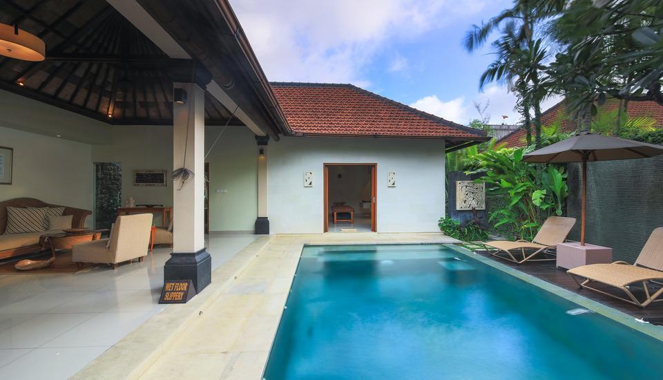 DISINI Luxury Spa Villa Bali - Kolam renang pribadi