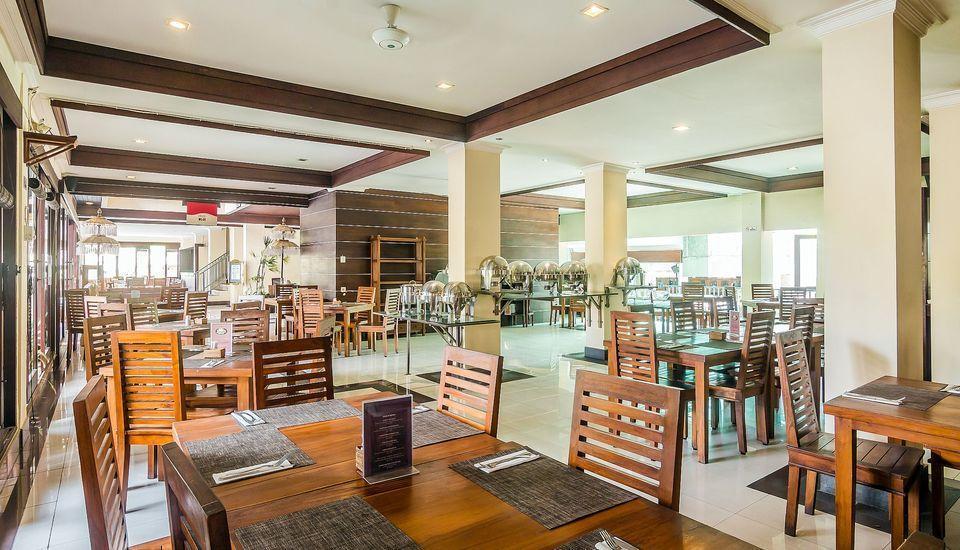 ZenRooms Legian Melasti - Kafe