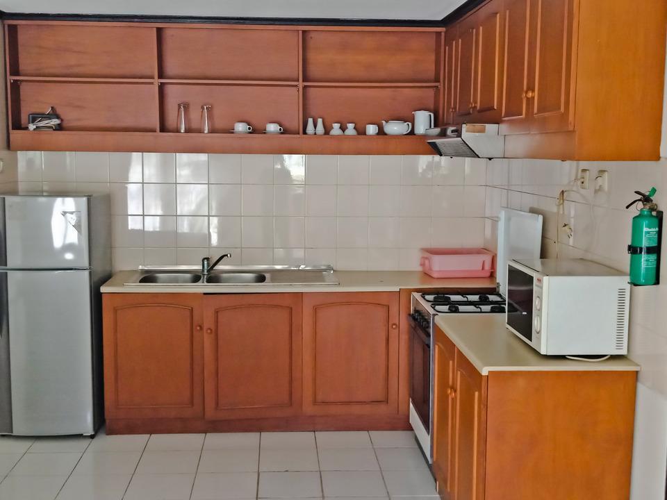 Graha Residen Surabaya - Kitchen