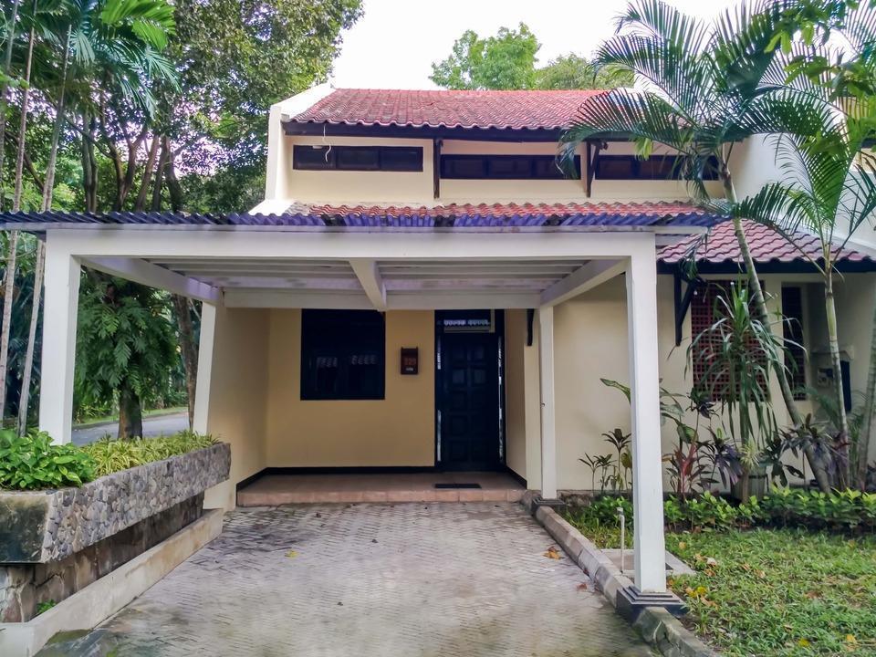 Graha Residen Surabaya - 2 Kamar Nampak Depan