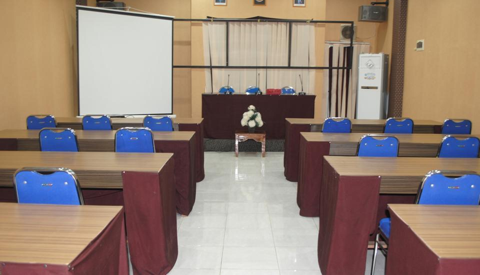 Eljie Hotel Gorontalo - Ruang Rapat