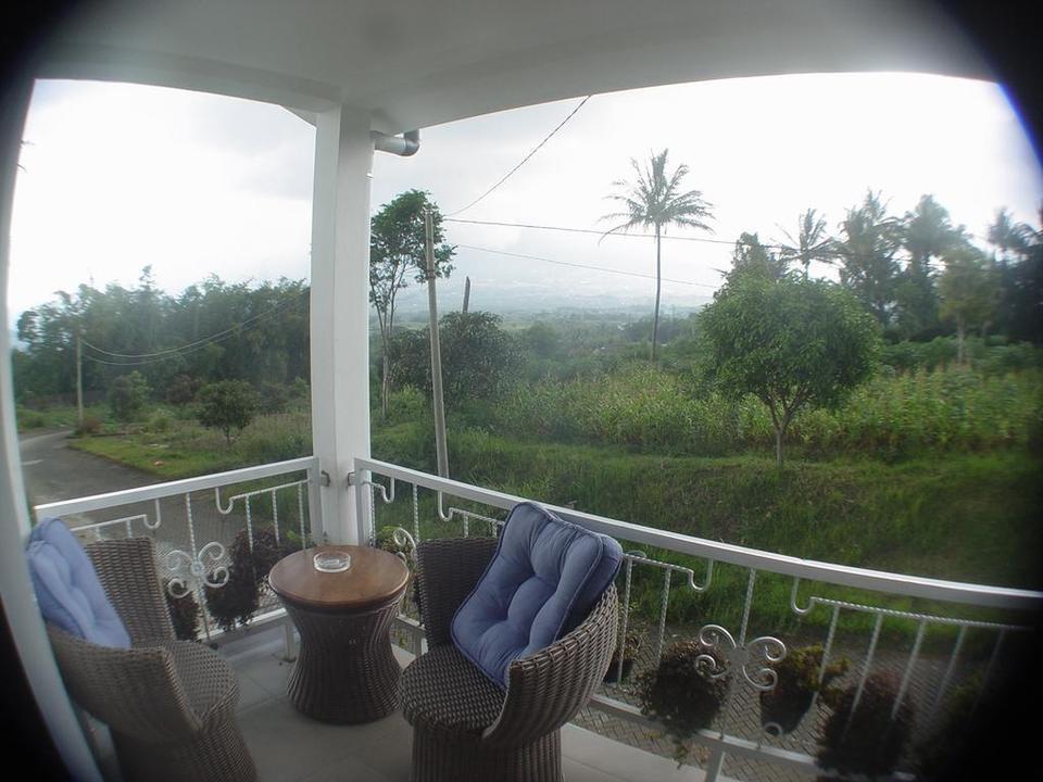 Villa Bella Malang - Terrace