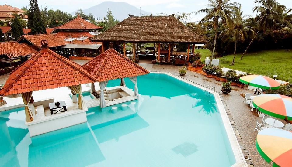 Royal Trawas Mojokerto - pool