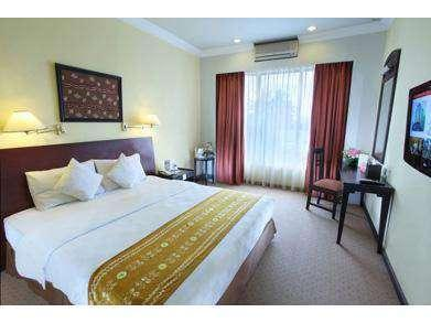 Swiss-Belhotel  Banjarmasin - Superior Double Room Only Minimum Stay 3 Night - SUPERSALE