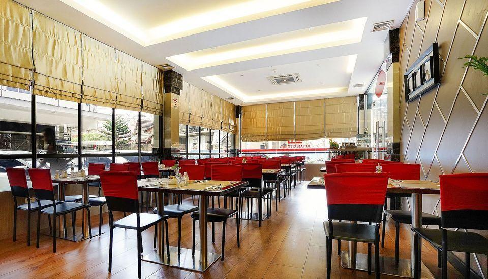 ZenRooms Near BCS Mall Penuin Batam - Restoran