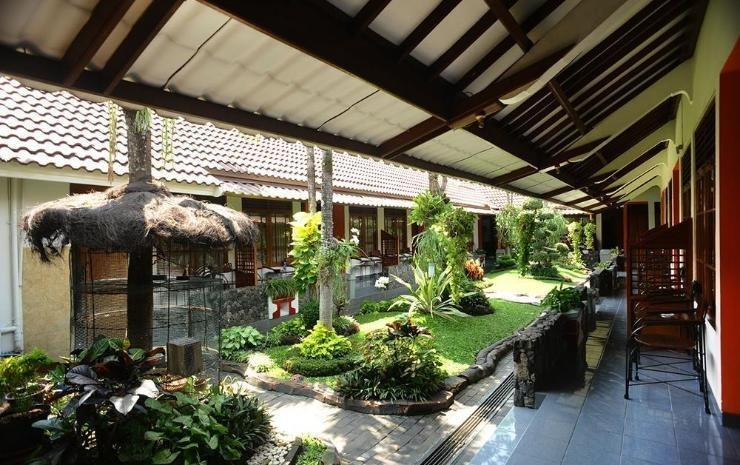 Hotel Kusuma  Yogyakarta - Taman
