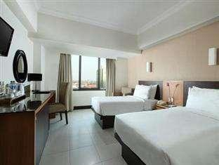 Santika  Pandegiling - Deluxe Room Twin Regular Plan
