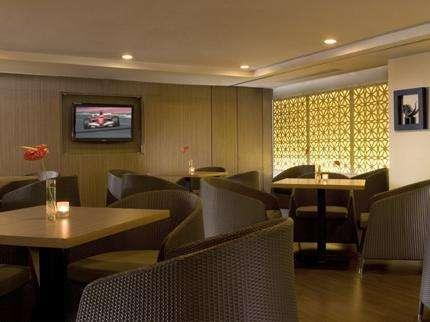 Santika  Pandegiling - Lobby Lounge