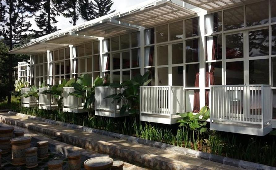 Bukit Cikahuripan Resort Bandung - Eksterior