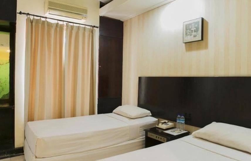 Hotel Mesir Surabaya - Superior Room Regular Plan