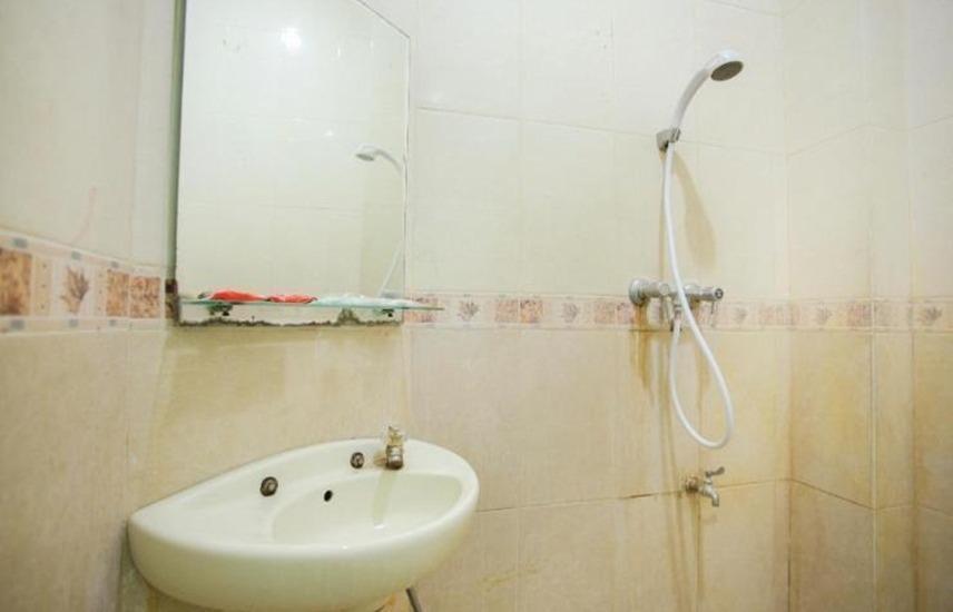 Hotel Mesir Surabaya Surabaya - Kamar mandi