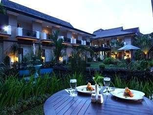 LPP Convention Hotel Yogyakarta - Tampak luar