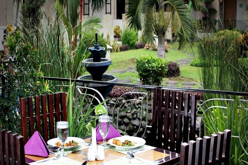 LPP Convention Hotel Yogyakarta - Eksterior