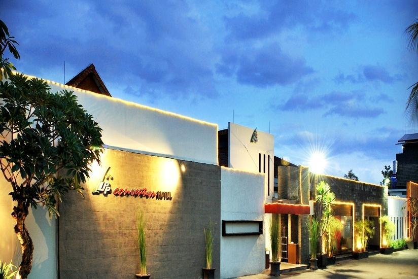 LPP Convention Hotel Yogyakarta - Tampilan Luar Hotel