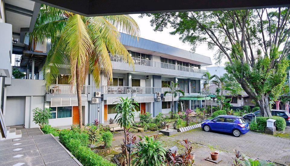 ZEN Rooms Kebayoran Jakarta - Tampak luar