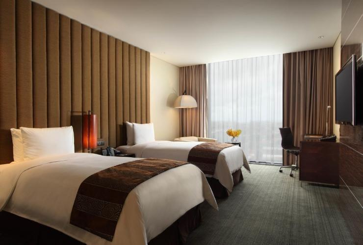 Po Hotel ( FKA Crowne Plaza Semarang ) Semarang - Club Room Twin Regular Plan