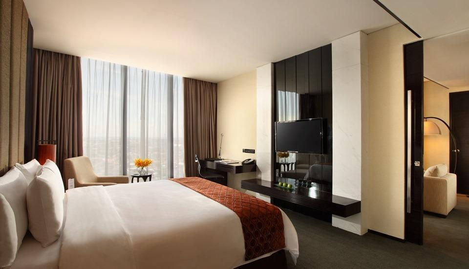 Po Hotel ( FKA Crowne Plaza Semarang ) Semarang - Executive Suite
