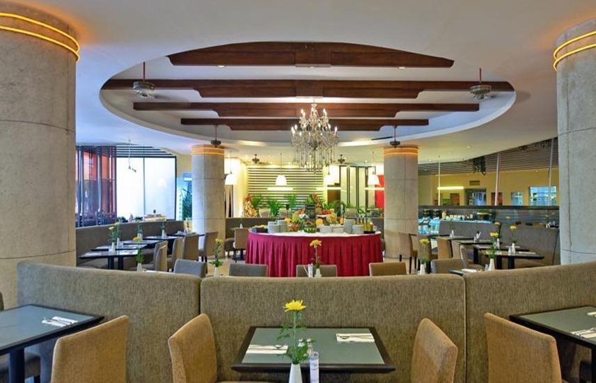 Kuta Paradiso Hotel Bali - Restoran