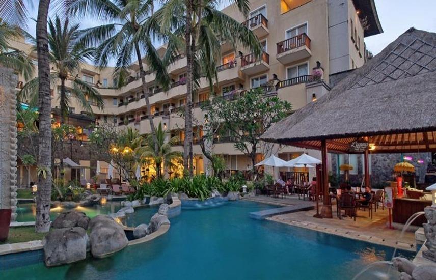 Kuta Paradiso Hotel Bali - Kolam Renang
