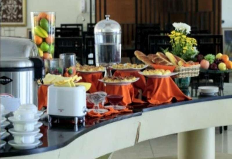 Rizen Premiere Hotel Bogor - Buffet Breakfast