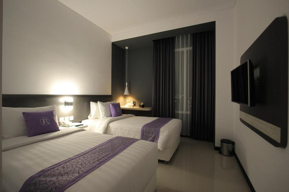 Forriz Hotel Jogja - Deluxe Twin Sunday Flash 30% off