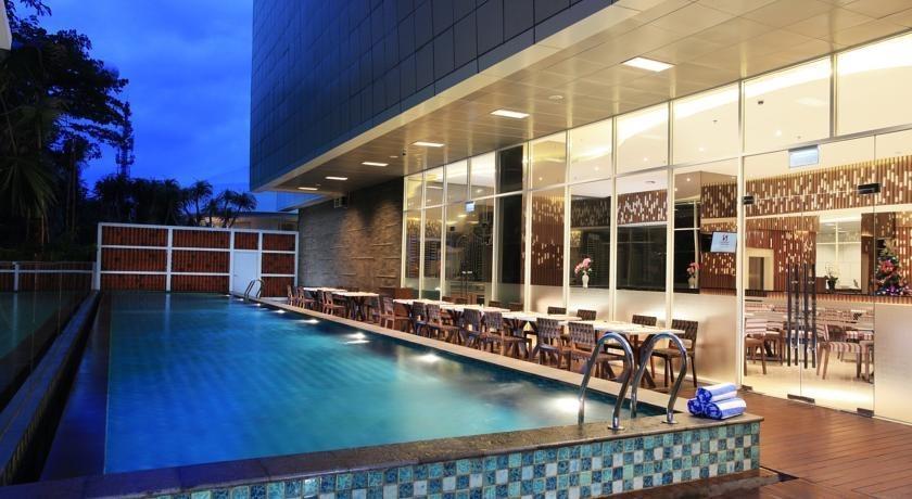 Hotel Swiss-Belinn Kemayoran - Swimming Pool