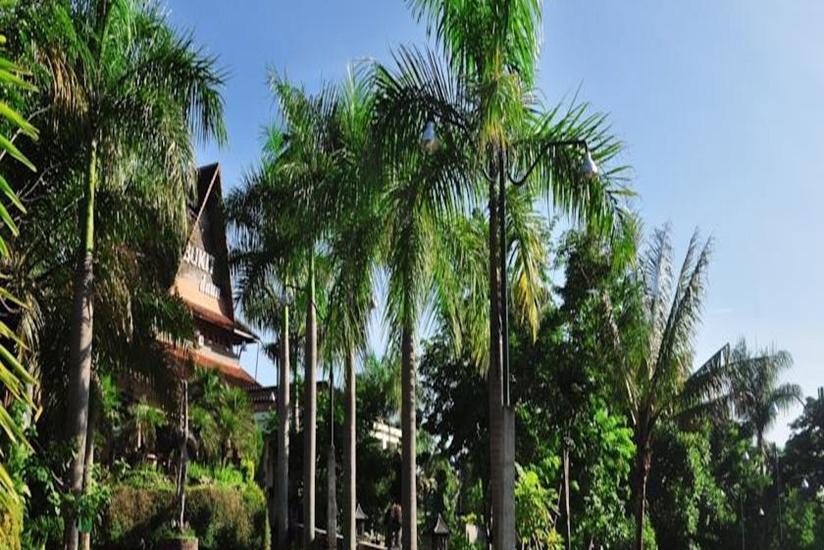 Bukit Daun Hotel and Resort Kediri - Tampilan Luar Hotel