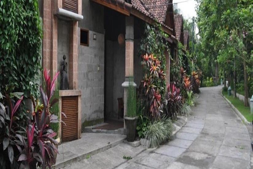 Bukit Daun Hotel and Resort Kediri - Lingkungan Sekitar