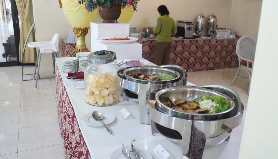 Hotel Grand Rosela Yogyakarta - BREAKFAST