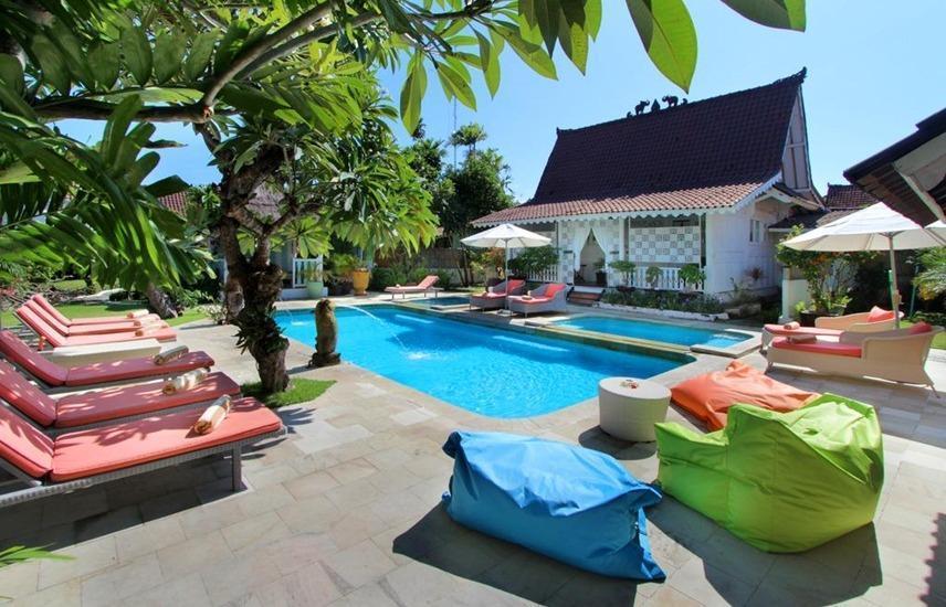 Hotel Puri Tempo Doeloe Bali - Kolam Renang