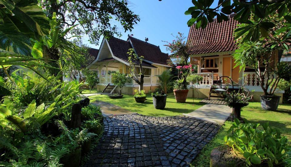 Hotel Puri Tempo Doeloe Bali - Pemandangan Kebun