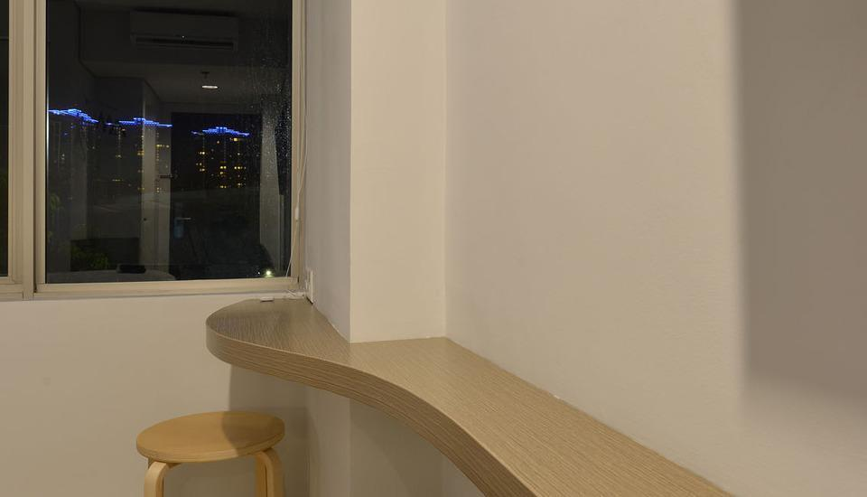 Everyday Smart Hotel Mayestik - Desk