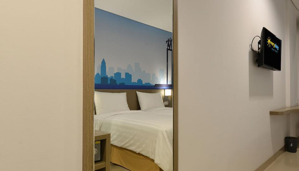 Everyday Smart Hotel Mayestik - Mirror