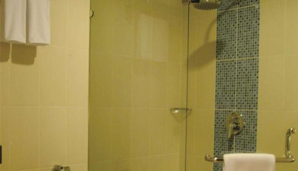 DBest Hotel Pasar Baru Bandung Bandung - Kamar mandi