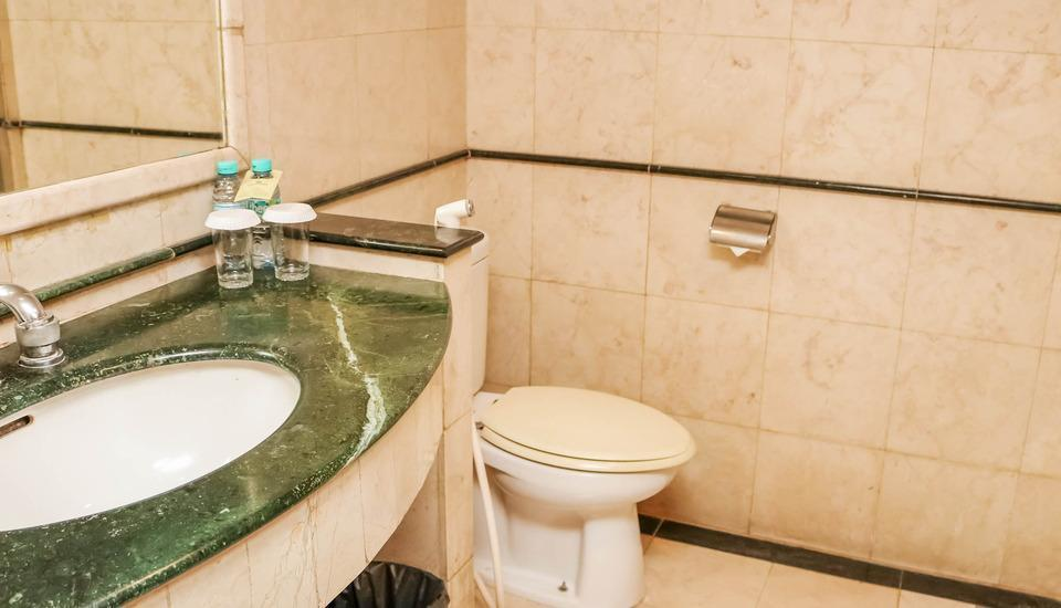 NIDA Rooms Jakarta Senen Raya Senen - Kamar mandi