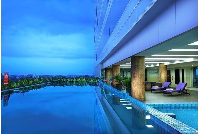 Aston Madiun Hotel Madiun - Swimming Pool