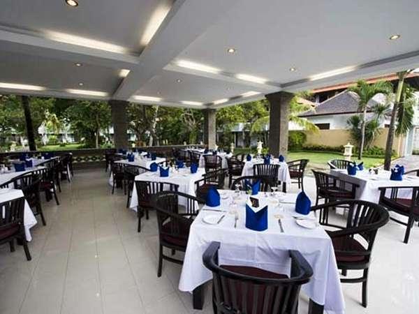 Puri Saron Hotel Seminyak - Restaurant