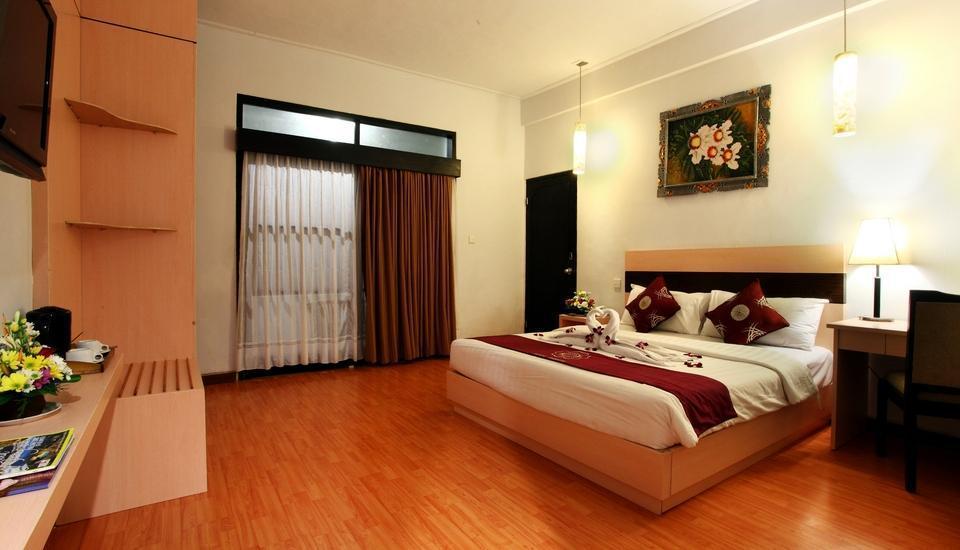 Puri Saron Hotel Seminyak - Deluxe Room (Queen Size Bed)