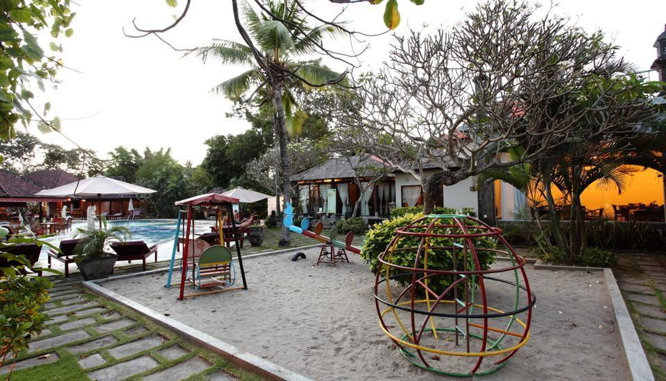 Puri Saron Hotel Seminyak - Childreen play ground