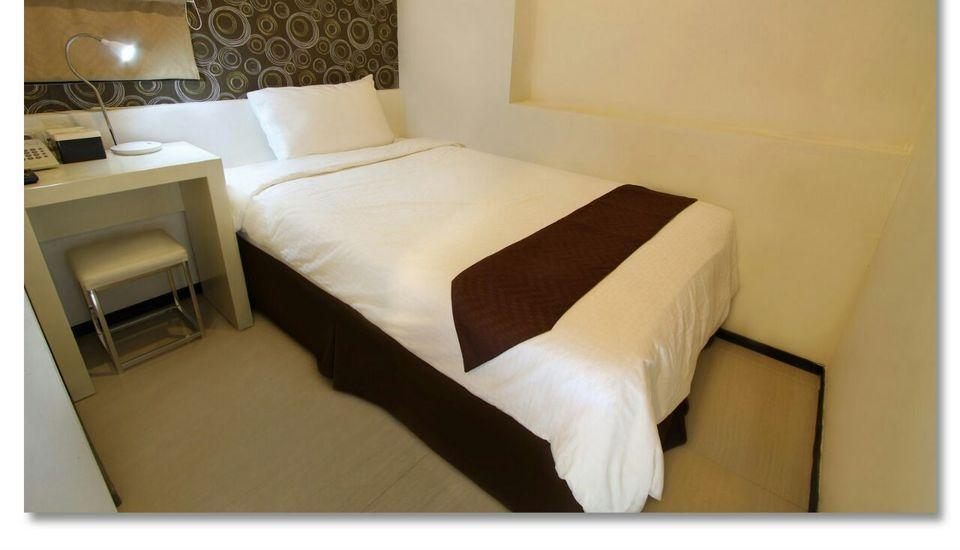Laksana Inn Solo - Smart Single - Room Only Regular Plan