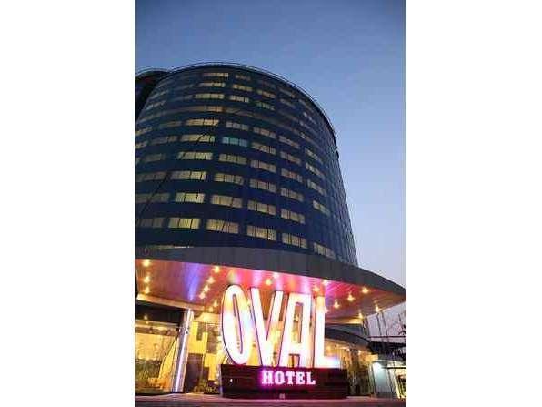 Oval Hotel Surabaya -  Oval Hotel