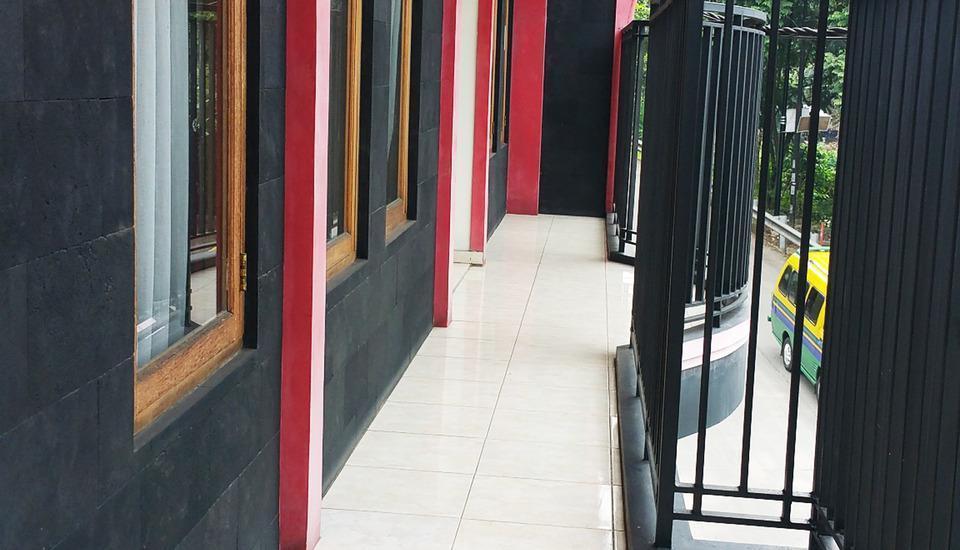 Homer's Club Bandung - terrace