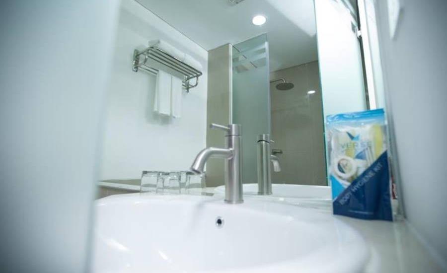 Verse Hotel Cirebon - Kamar mandi