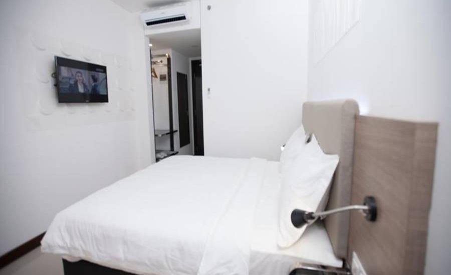 Verse Hotel Cirebon Cirebon - Executive Double Room Regular Plan
