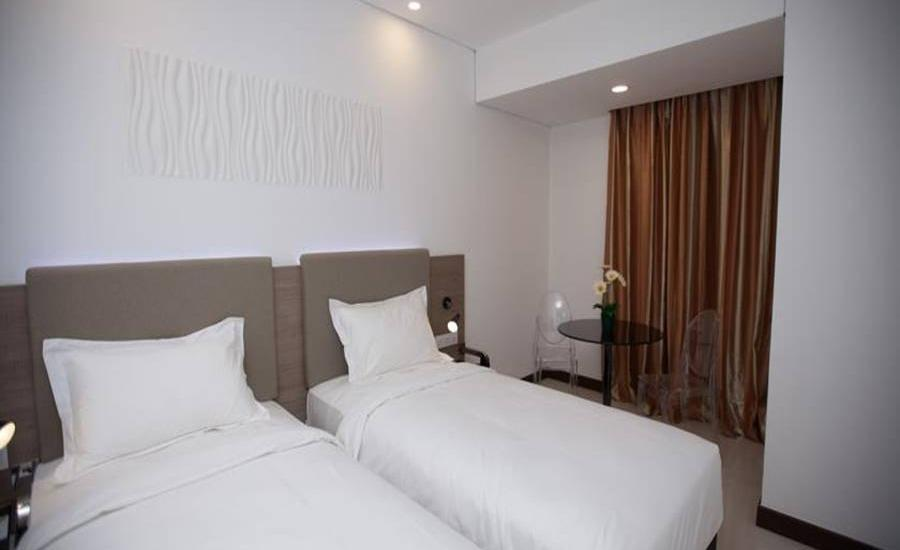 Verse Hotel Cirebon - Superior Twin Room Regular Plan