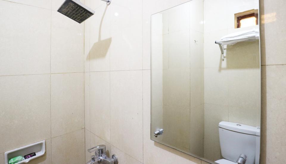 Pasah Asi Surabaya - Superior Bathroom