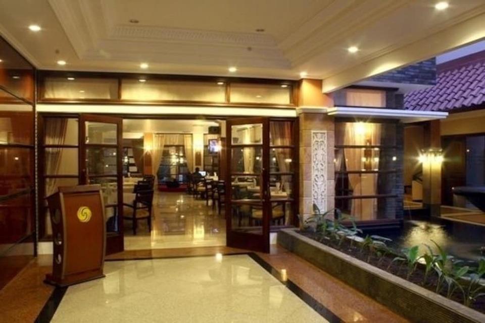 Panorama Hotel Jember - Hotel Interior
