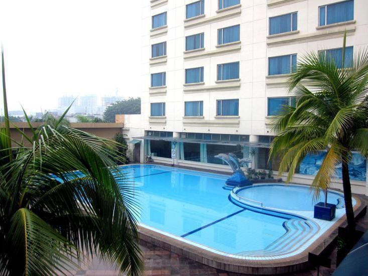 Grand Angkasa Medan - Outdoor Pool