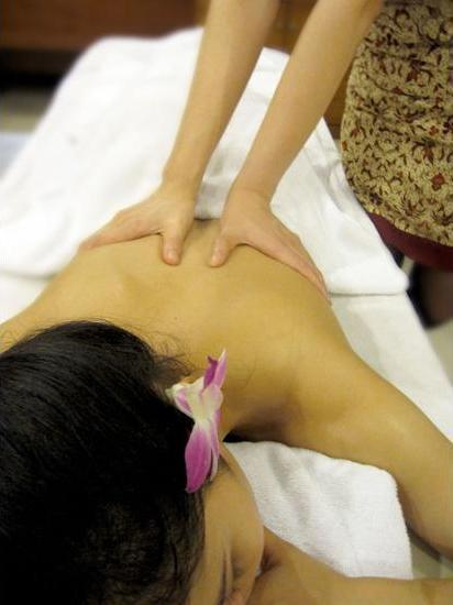 Grand Angkasa Medan - Massage