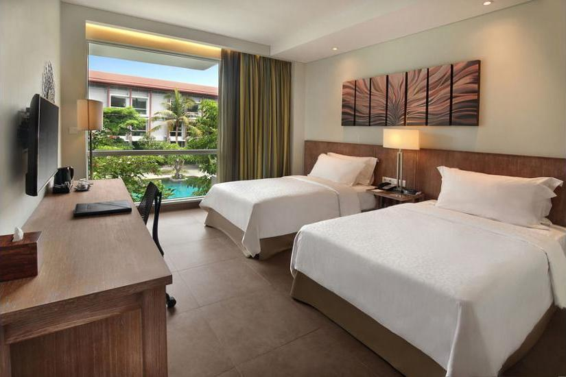 Hilton Garden Inn Bali Ngurah Rai Airport - Kamar Twin, pemandangan kolam renang Diskon!